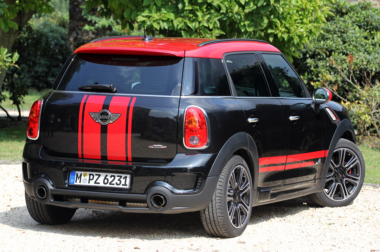 2013 mini countryman john cooper works all4 w video autoblog. Black Bedroom Furniture Sets. Home Design Ideas