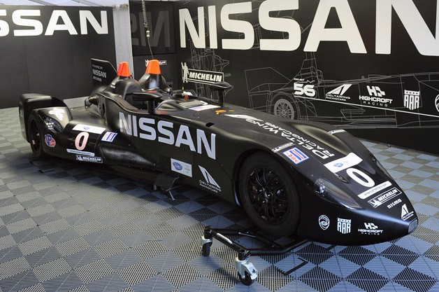 nissan deltawing repaired and ready for action at petit le mans. Black Bedroom Furniture Sets. Home Design Ideas
