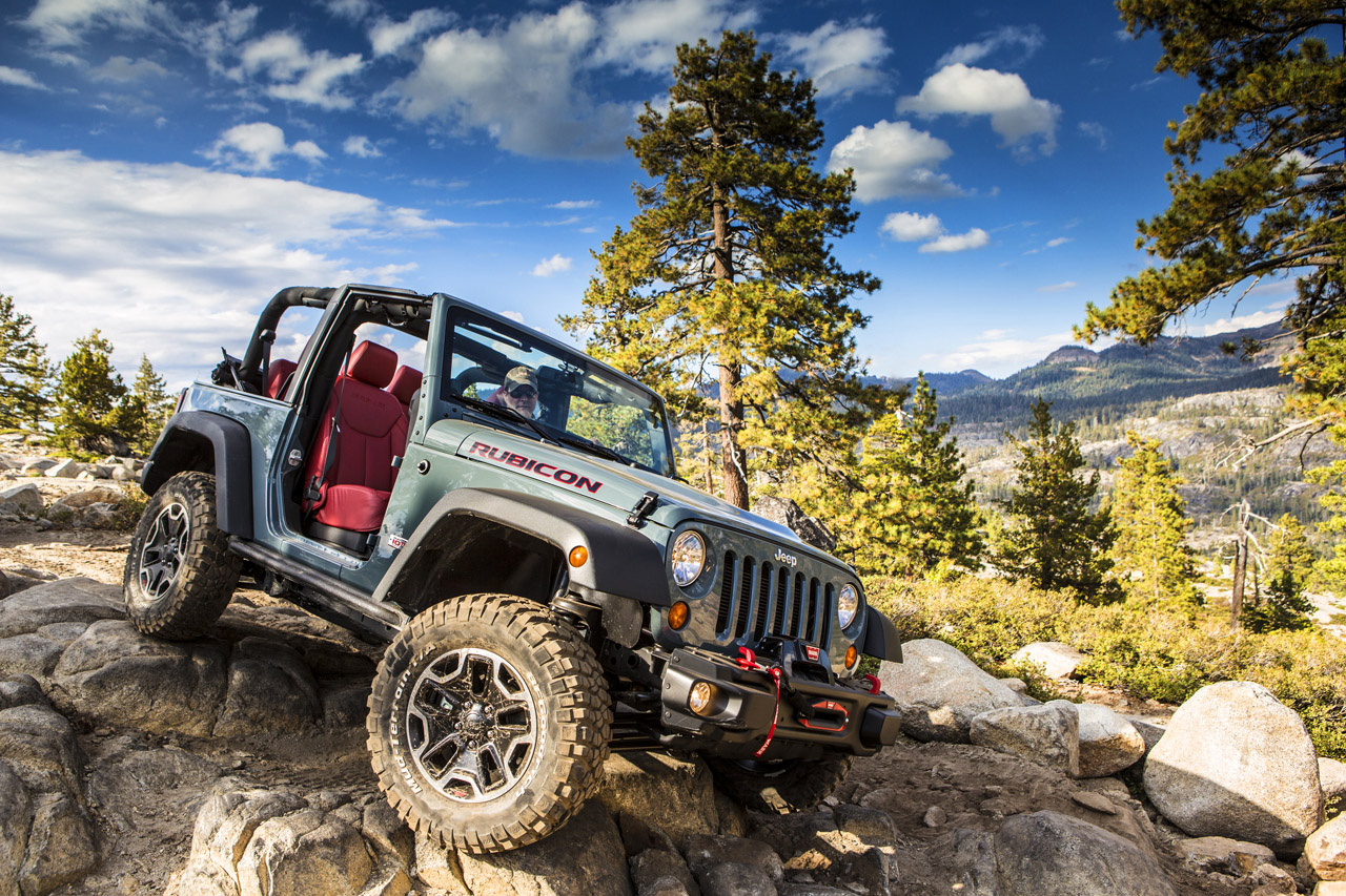 2013 jeep wrangler rubicon 10th anniversary edition gets full frontal exposure autoblog. Black Bedroom Furniture Sets. Home Design Ideas