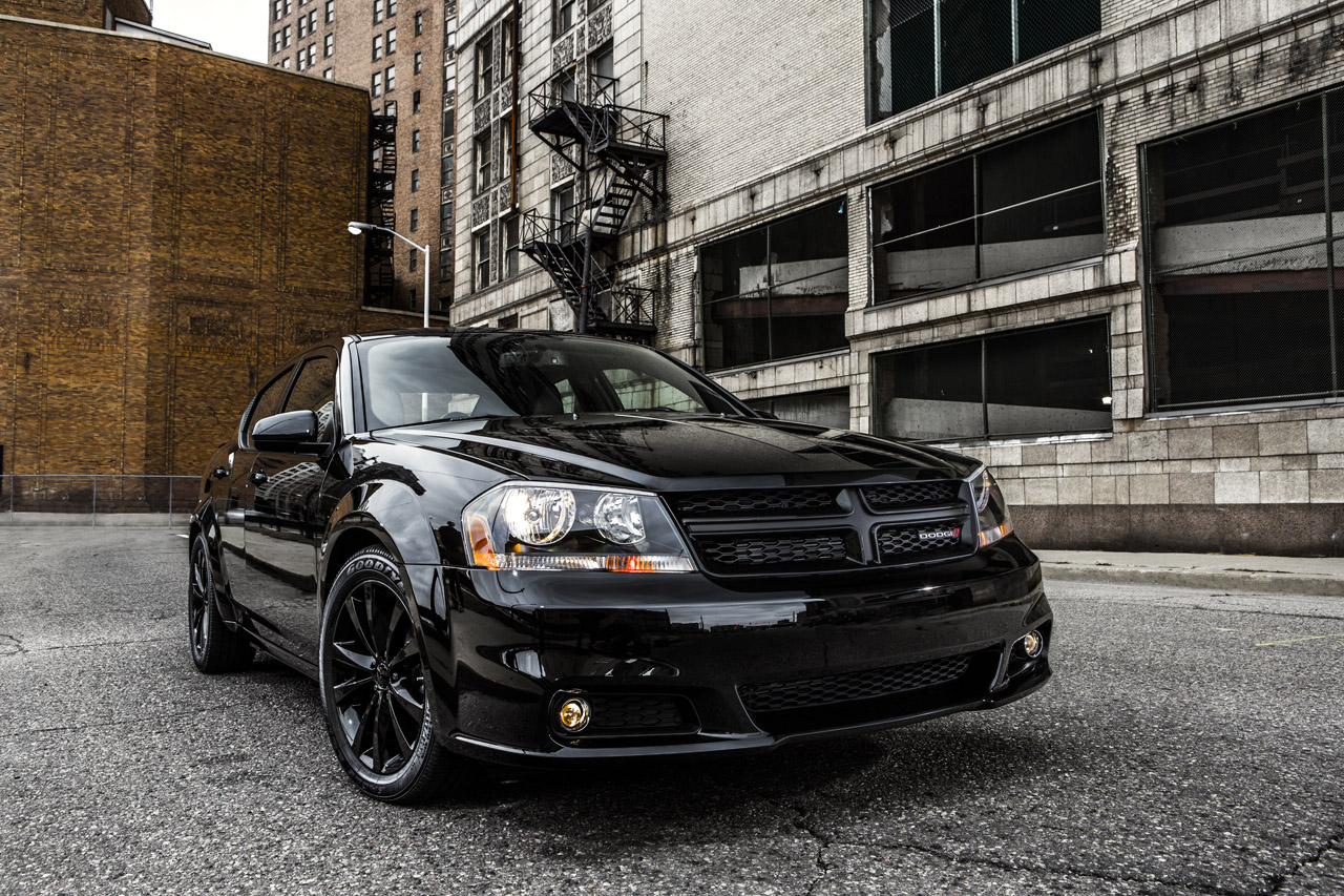 Dodge Announces Blacktop Packages For 2013 Avenger