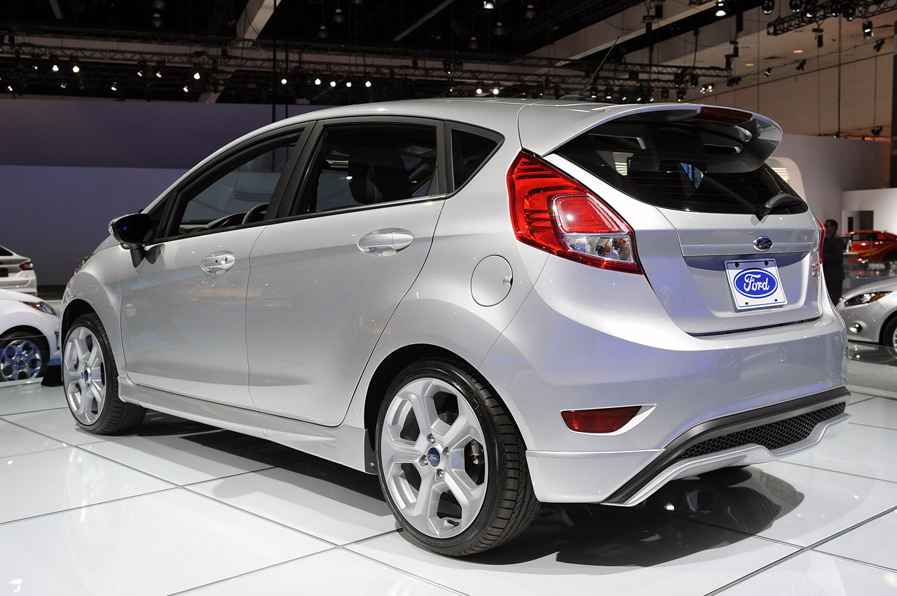 2014 ford fiesta st priced from 21 400 w poll autoblog. Black Bedroom Furniture Sets. Home Design Ideas