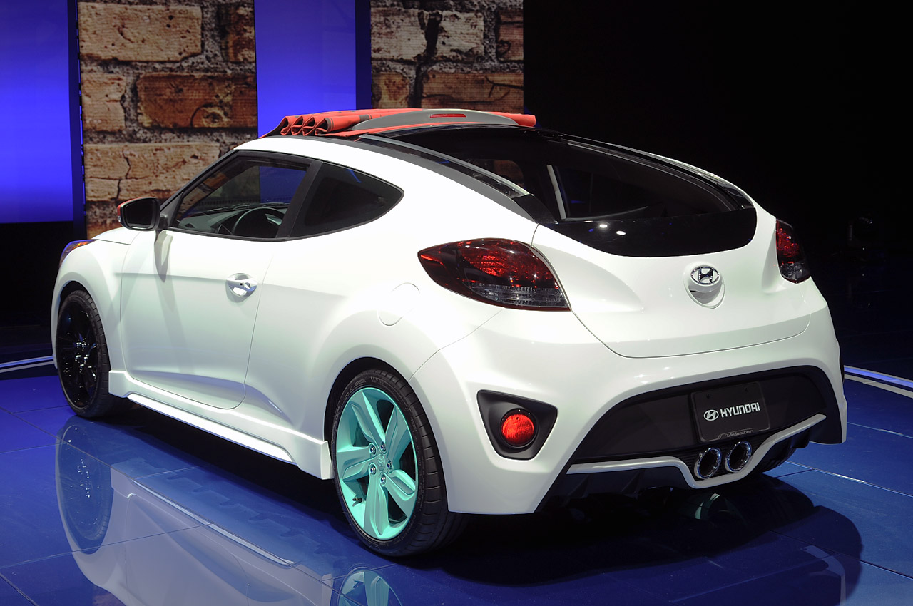 Pre Owned Cars >> Hyundai drops the top on Veloster C3 Roll Top concept for ...