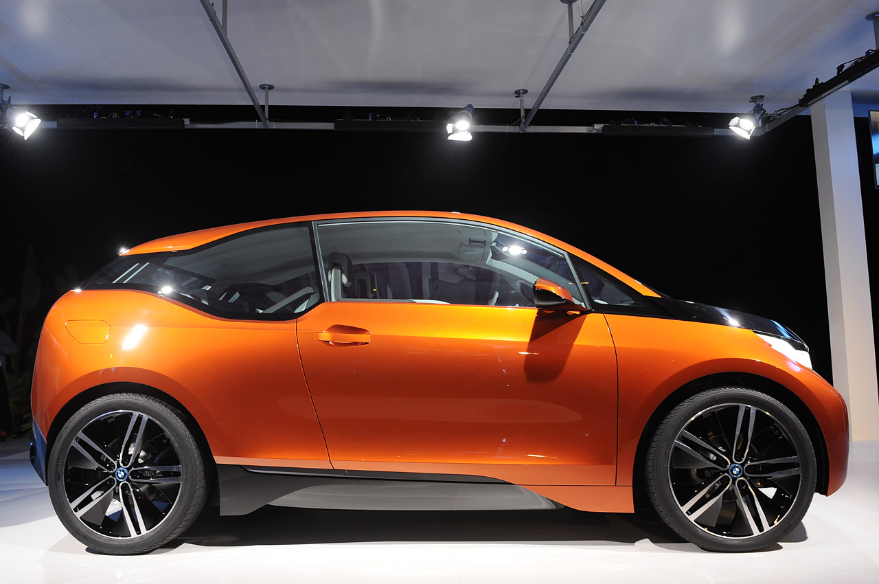 """Bmw Certified Pre Owned >> BMW i3 Coupe Concept is the newest in LifeDrive """"stream flow"""" design - Autoblog"""