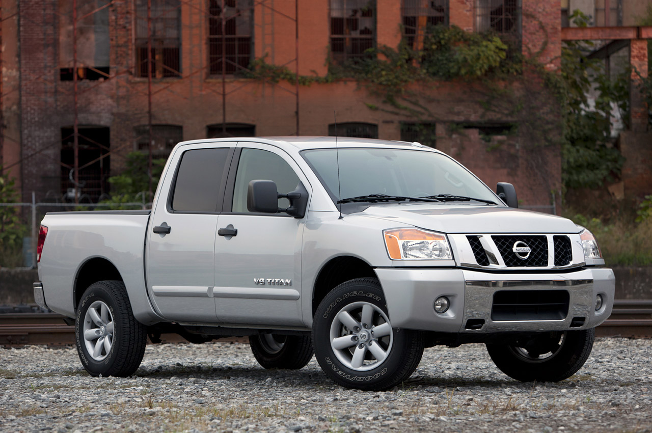 2012 nissan titan review photo gallery autoblog. Black Bedroom Furniture Sets. Home Design Ideas