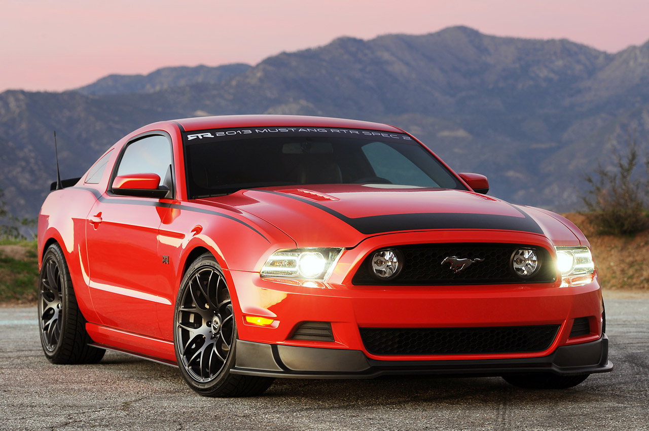 2013 ford mustang rtr quick spin photo gallery autoblog. Black Bedroom Furniture Sets. Home Design Ideas