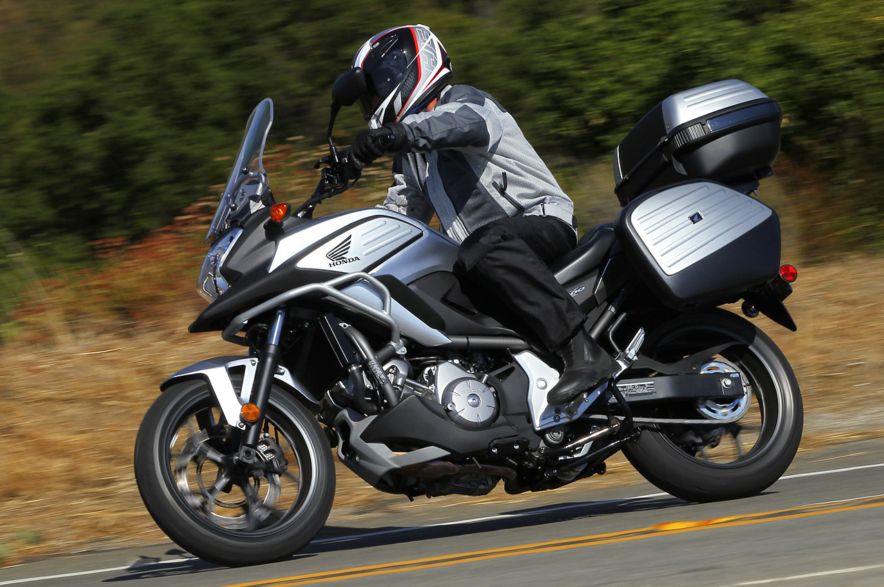 2012 honda nc700x review photo gallery autoblog. Black Bedroom Furniture Sets. Home Design Ideas