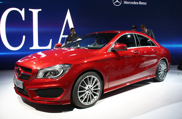 2014 mercedes benz cla class is dressed to impress. Black Bedroom Furniture Sets. Home Design Ideas