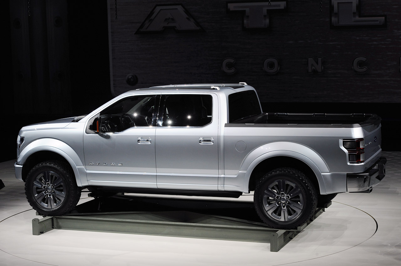 Ford Atlas Concept carries the weight of the F-150 on its ...