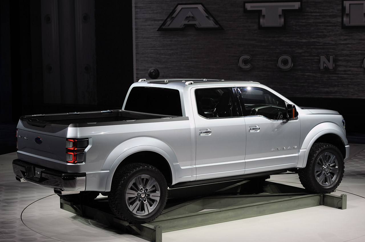 Detroit Gas Prices >> Ford Atlas Concept carries the weight of the F-150 on its ...