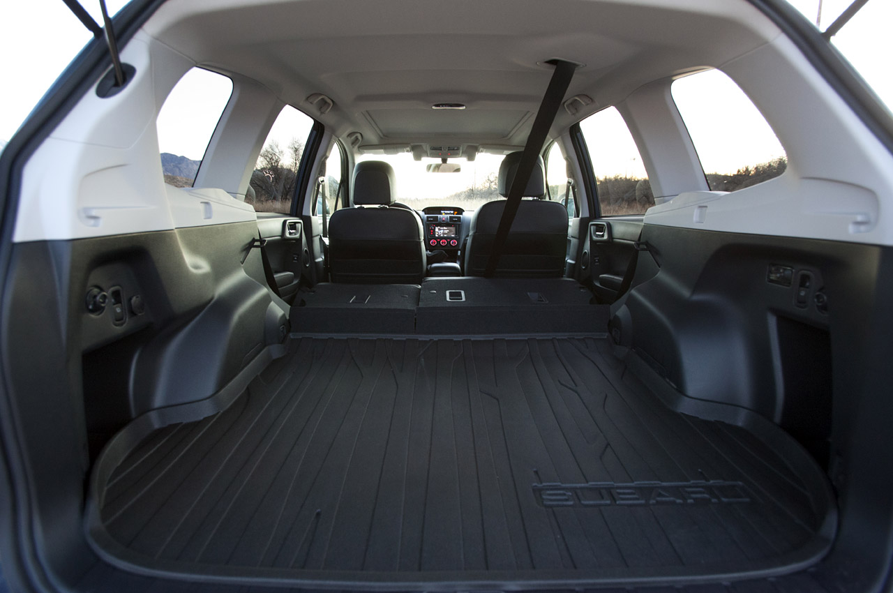 subaru forester 2017 cargo space best new cars for 2018. Black Bedroom Furniture Sets. Home Design Ideas