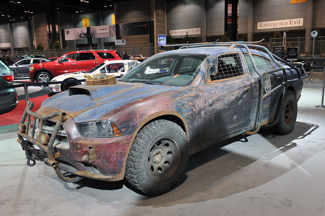 defiance dodge charger saving earth from aliens isn 39 t clean work w video autoblog. Black Bedroom Furniture Sets. Home Design Ideas