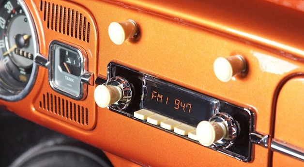 Retrosound Amps Up Your Vintage Car With Modern Tunes W