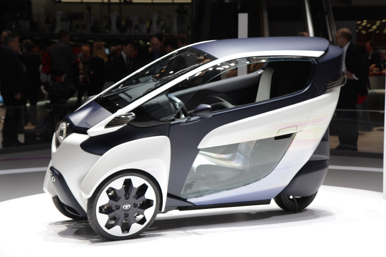 Toyota Certified Pre Owned >> Toyota i-Road is no less strange in the flesh - Autoblog