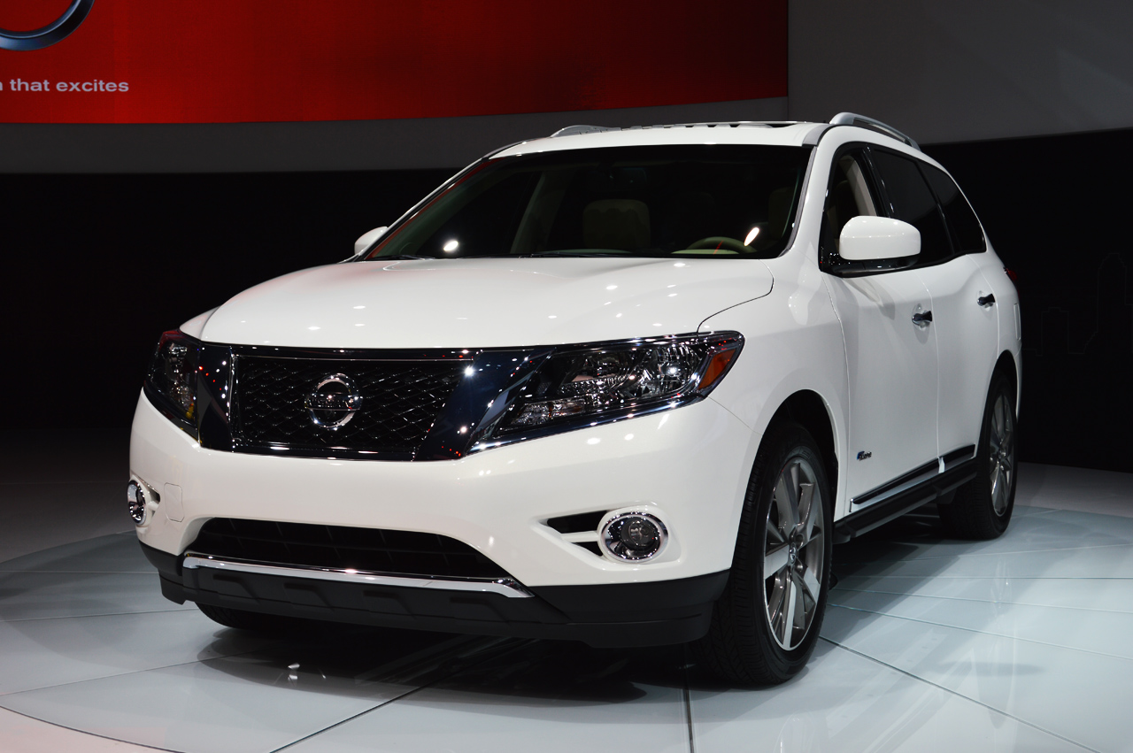 2014 Nissan Pathfinder Hybrid Arrives With Supercharged