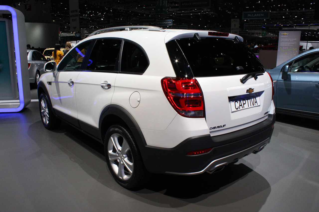 Chevrolet Captiva looks mildly refreshed and ready for ...