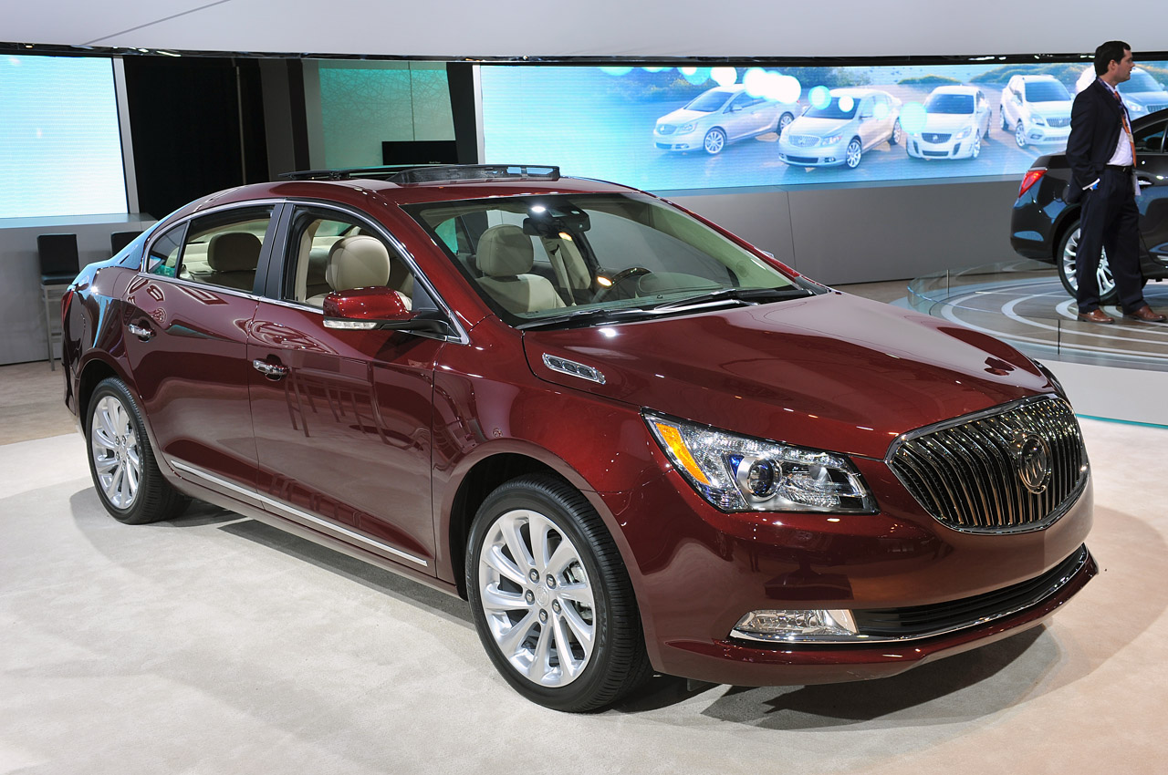 2014 buick lacrosse steps up to the big leagues with plenty of luxury w videos autoblog. Black Bedroom Furniture Sets. Home Design Ideas