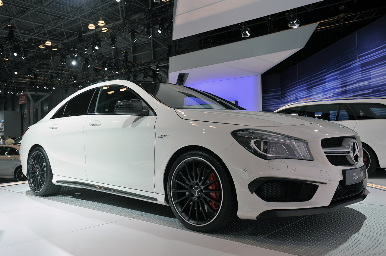 2014 mercedes cla45 amg brings world 39 s most powerful four cylinder to us w video autoblog. Black Bedroom Furniture Sets. Home Design Ideas