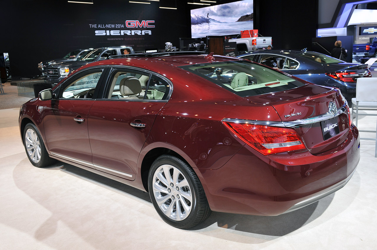 2014 Buick LaCrosse steps up to the big leagues with ...