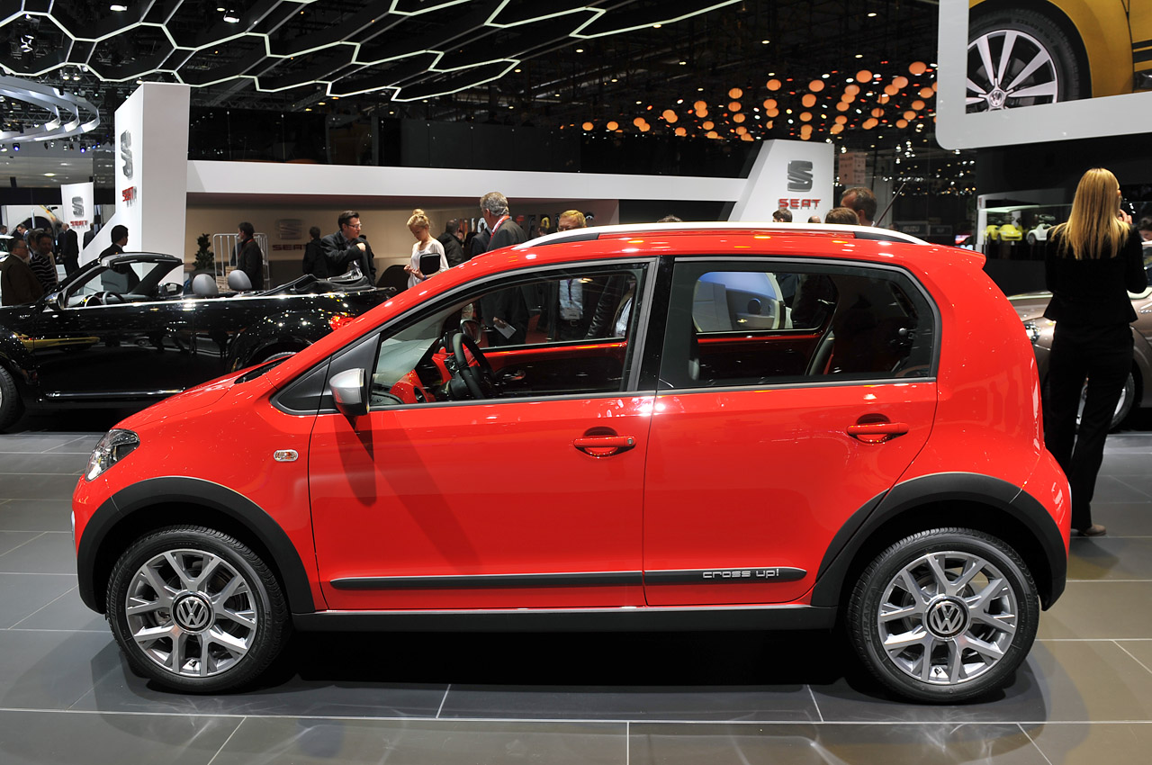 Volkswagen Certified Pre-Owned >> Volkswagen Cross Up! aimed at rugged lifestyle folks ...