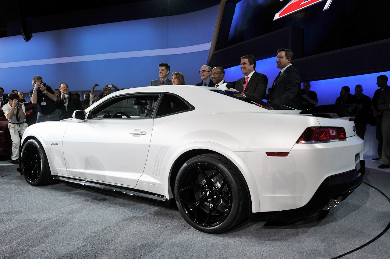 Camaro Insurance Cost >> 2014 Chevy Camaro Z/28 is back! [w/video] - Autoblog