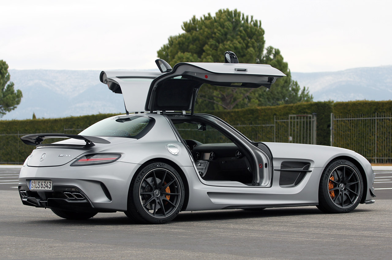 fotos mercedes benz sls amg black series 2014. Black Bedroom Furniture Sets. Home Design Ideas