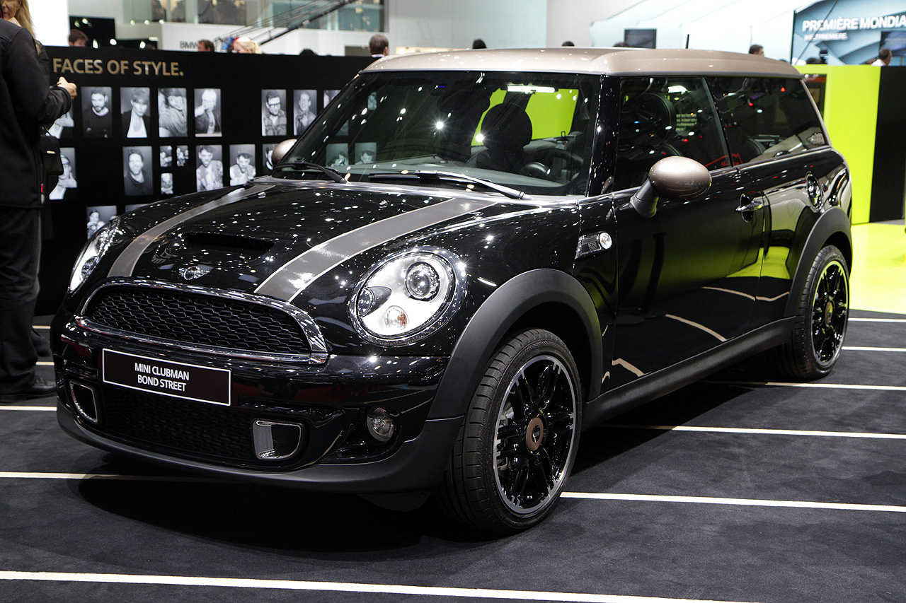 mini clubman bond street is as special as they come autoblog. Black Bedroom Furniture Sets. Home Design Ideas