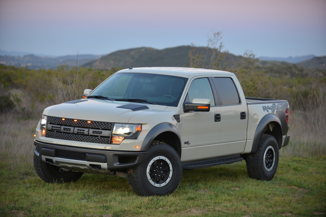 2013 ford f 150 supercrew svt raptor photo gallery autoblog. Black Bedroom Furniture Sets. Home Design Ideas