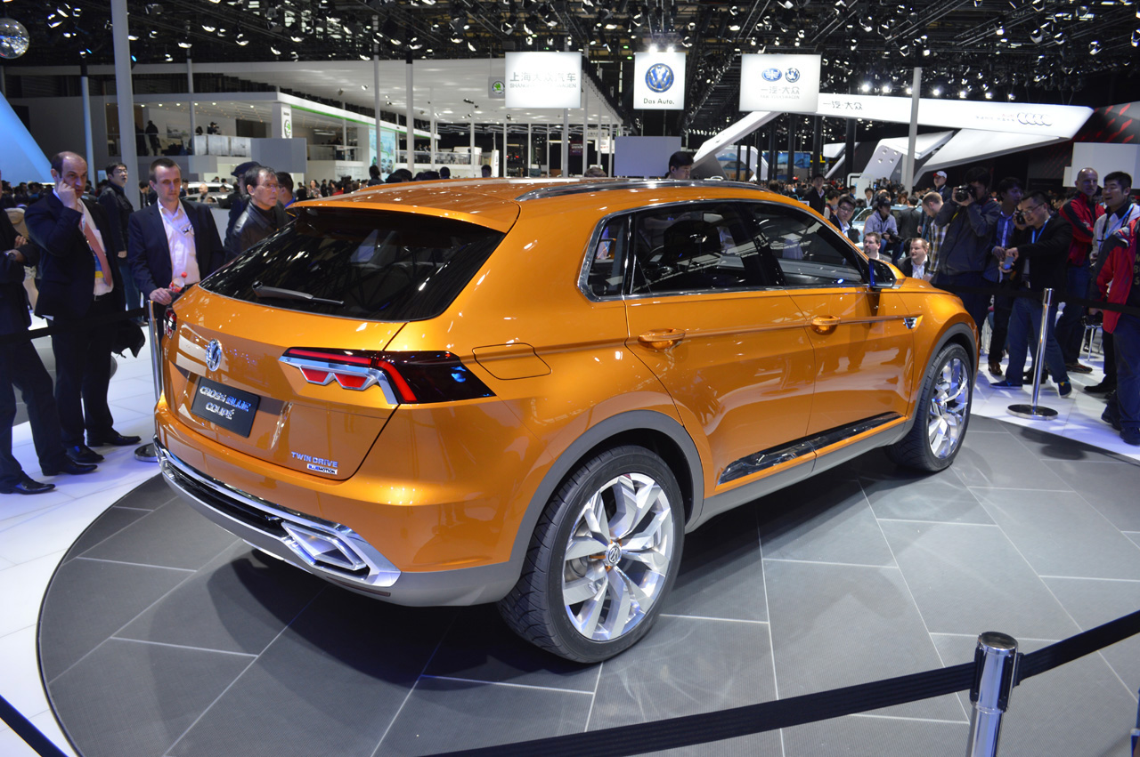 Volkswagen Crossblue Coupe Concept Shanghai 2017 Photo Gallery Autoblog