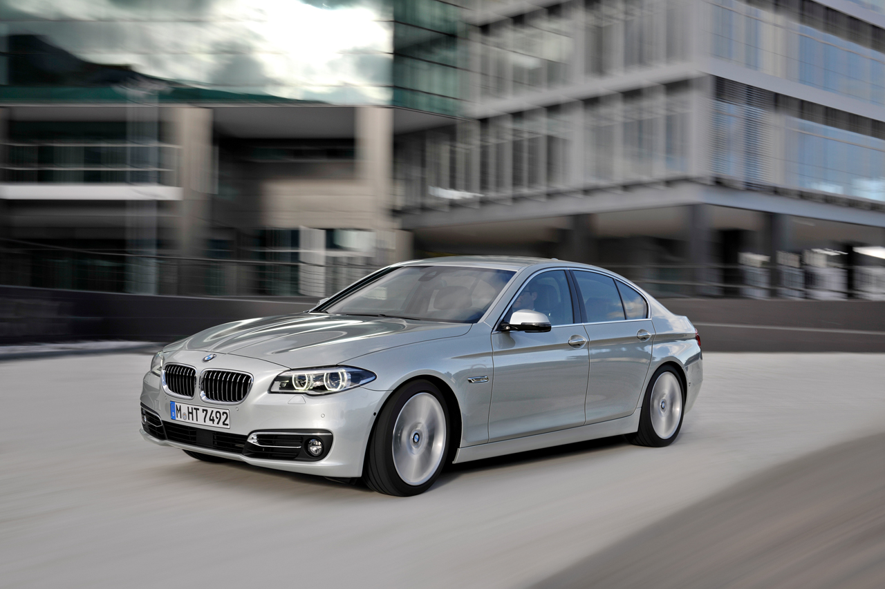 2014 BMW 5 Series Sedan Photo Gallery