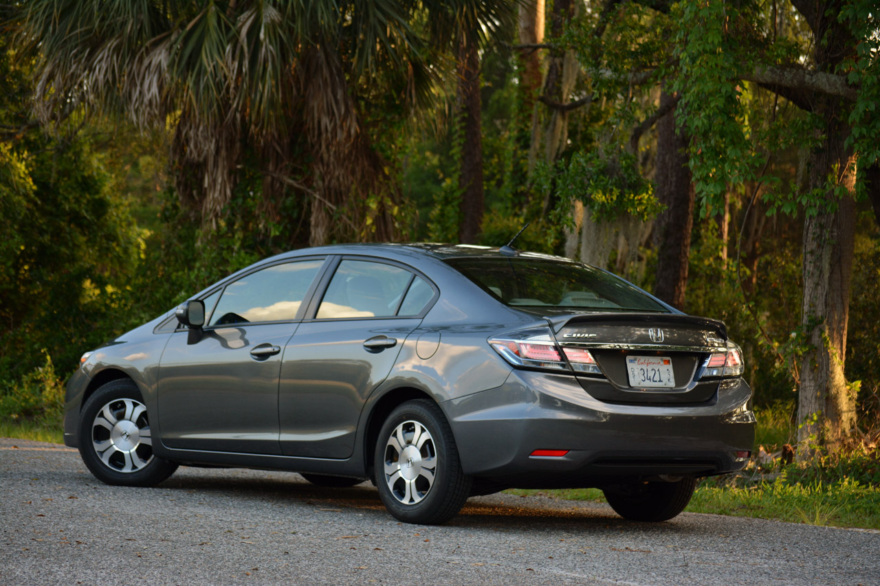Certified Pre Owned Honda >> 2013 Honda Civic Hybrid - Autoblog