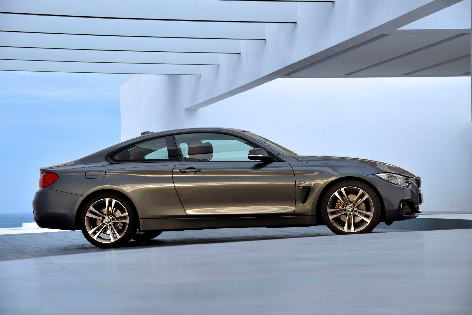 2014 bmw 4 series coupe images leak out autoblog. Black Bedroom Furniture Sets. Home Design Ideas