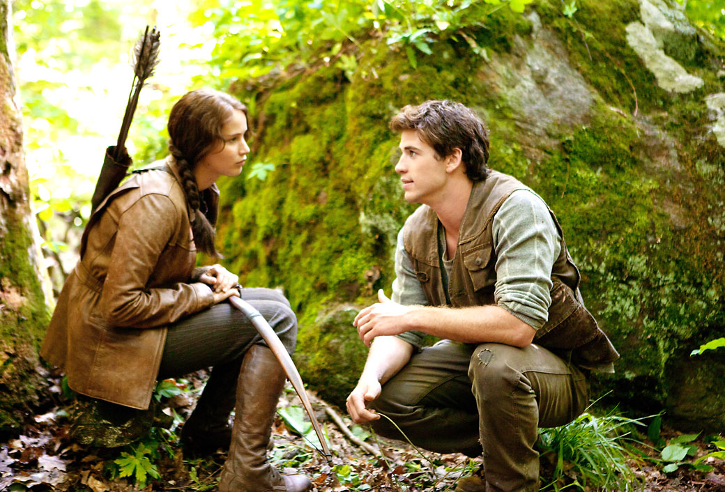 who does katniss end up dating