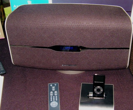 altec lansing cuts the wire between ipod dock and speaker. Black Bedroom Furniture Sets. Home Design Ideas