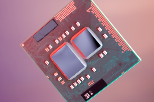 Intel Core i3 ed i5-Mobile: 32 nanometri e processore grafico on-chip a Gennaio