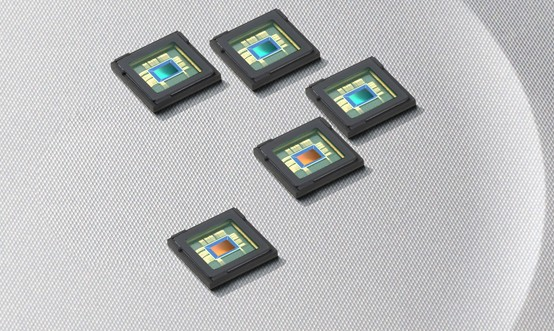 Samsung releases 8 and 12 megapixel CMOS smartphone sensors, shoot 1080p on the go
