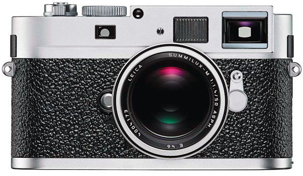 Leica M9 P Looks Like It Costs A Fortune Doesnt Disappoint
