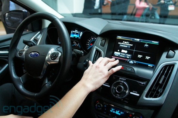 nhtsa issues distraction guidelines proposal for in vehicle