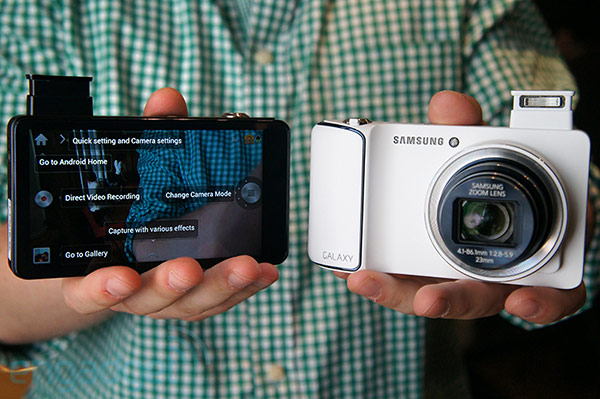 Samsung announces EKGC100 Galaxy Camera with Android Jelly Bean, massive 48inch display, 21x zoom, WiFi and 4G connectivity handson video