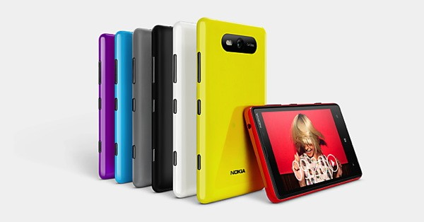 DNP  Nokia Lumia 820 vs Lumia 800 what's changed