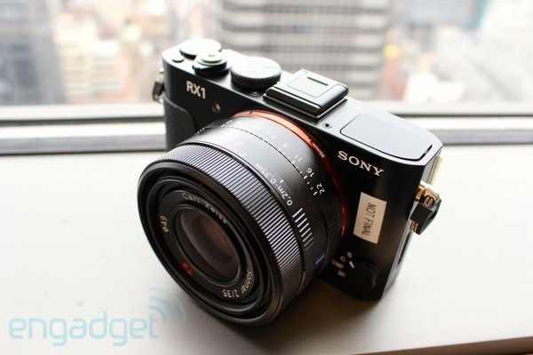 sonys cyber shot rx1 compact camera packs a full frame sensor fits in your palm hands on