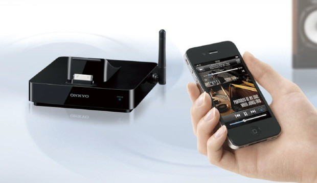 Onkyo DSA5 grafts AirPlay on to existing home stereos, docks older iOS gear