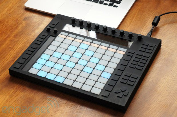 ableton push review a dedicated controller for the live faithful. Black Bedroom Furniture Sets. Home Design Ideas