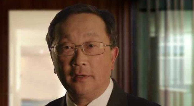 BlackBerry's new CEO plans to keep making smartphones