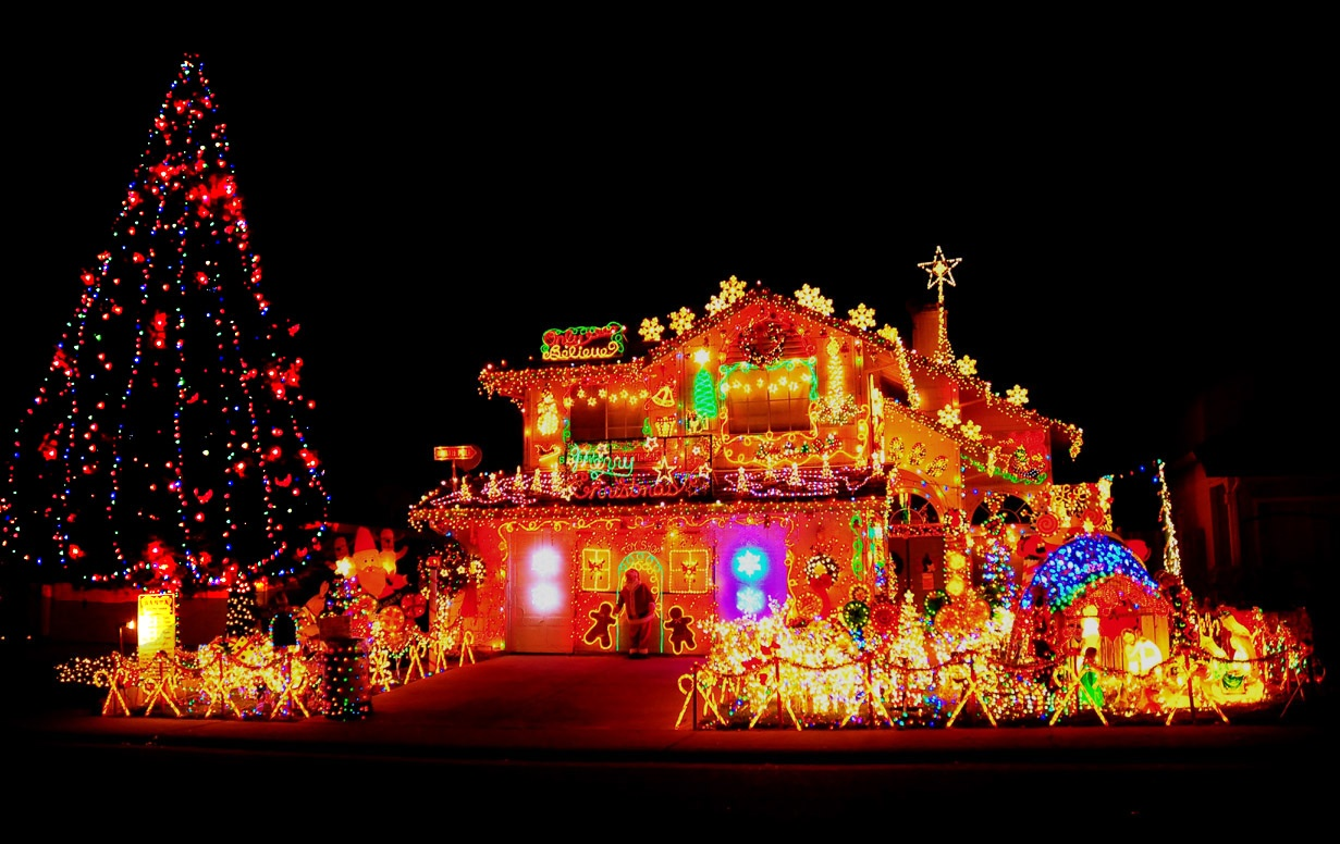 'Tis The Season to Show Off Your Amazing Christmas Lights