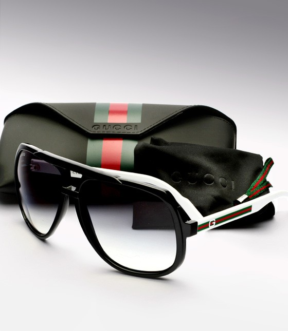 5d4c7169138 bgh  Gucci Special Edition Heritage Aviators