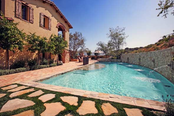 Anyway for you here: Tuscan style backyard landscaping ...