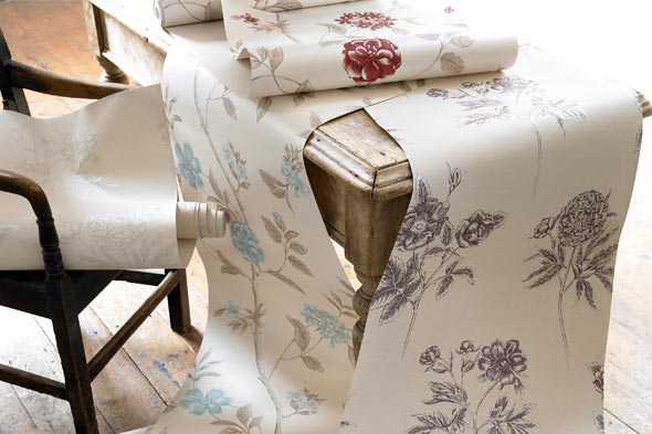 Wallpaper with Floral pattern
